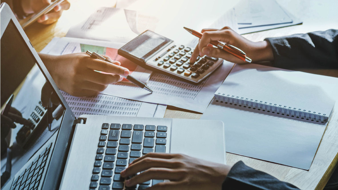 pay accountant for small business